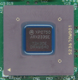 ic-photo-Motorola--XPC750ARC233SE--(PowerPC-750-CPU).JPG_sm.jpg
